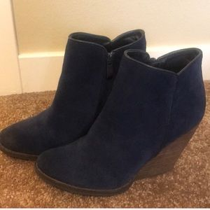 Shoes - Suede bootie wedge